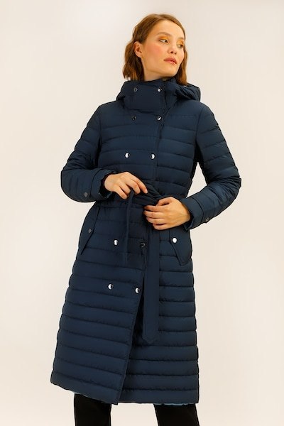 Finn Flare Daunenmantel in nachtblau, Produktansicht