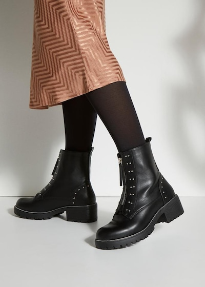 LASCANA Ankle Boots in Black: Frontal view