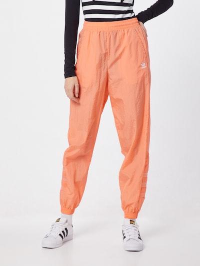 Pantaloni 'LRG LOGO TP' ADIDAS ORIGINALS pe caisă, Vizualizare model