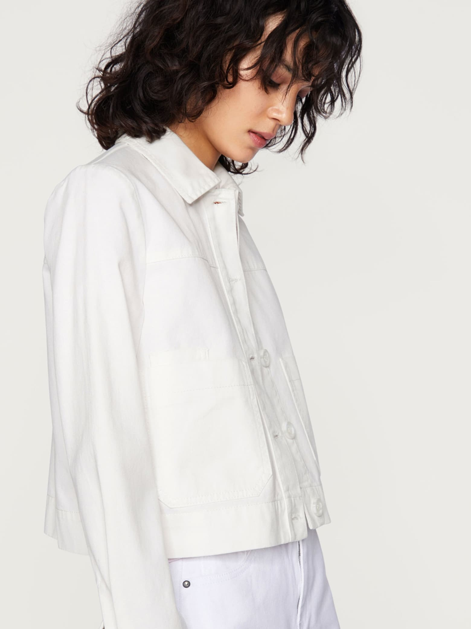 Trendy kúsky White denim