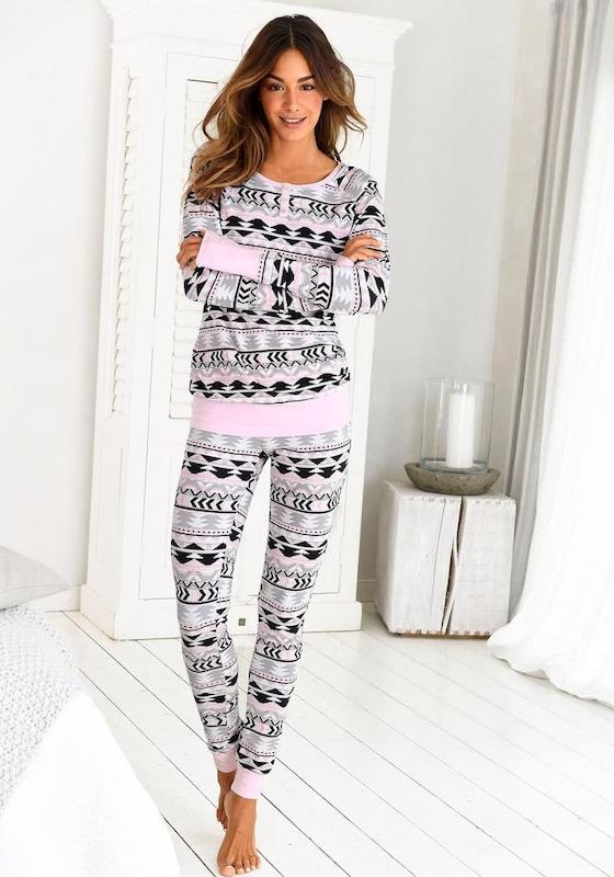 BENCH Pyjama mit Allover Sternenprint