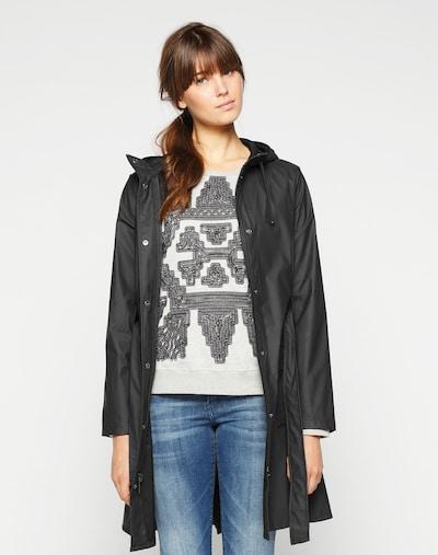 RAINS Prijelazni kaput u crna, Prikaz modela