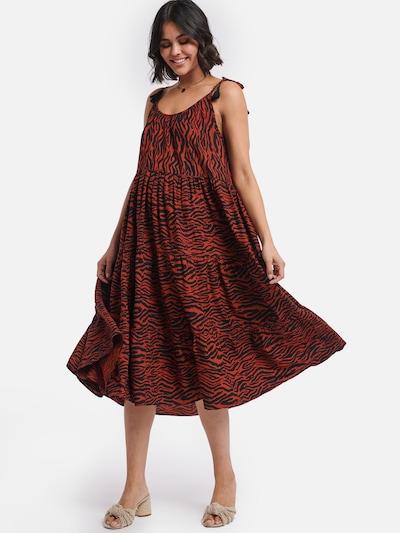 Shiwi Pludmales kleita bēšs, Modeļa skats