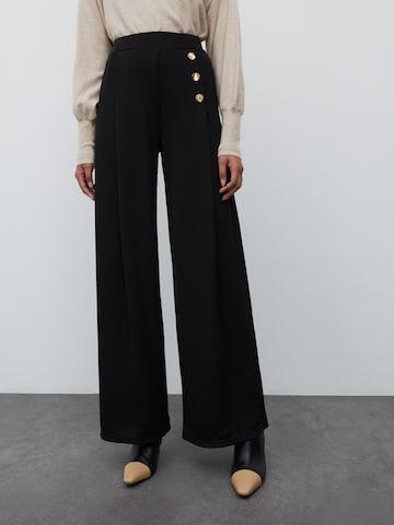 EDITED - Pantalón plisado 'Jamie' en negro