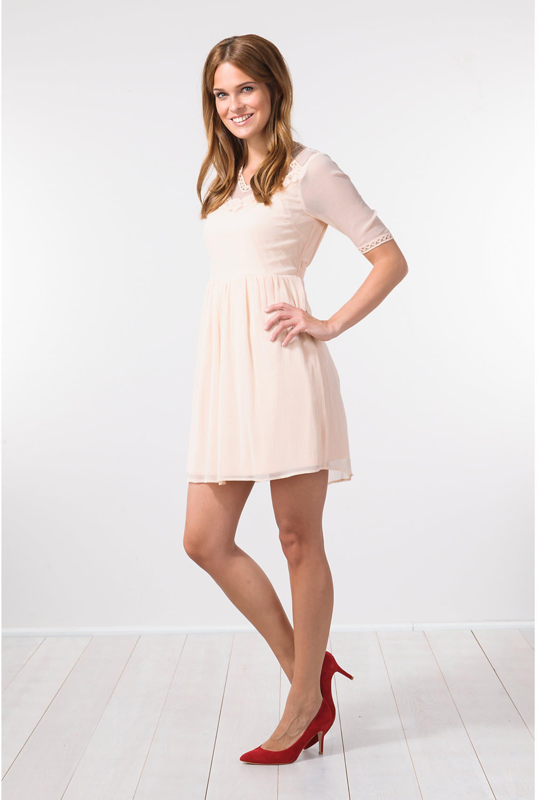 VERO MODA Kleid In Deutschland Online Footlocker Abbildungen Günstigen Preis Billig Kaufen Bestellen Spielraum Extrem xGFlkhRqt