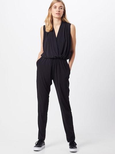 SWING Overall in schwarz, Modelansicht