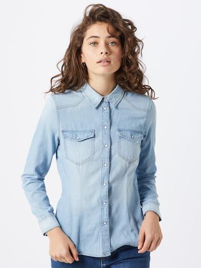 ONLY Bluzka 'ONLROCKIT LIFE DENIM LS SHIRT BB NAS7844' w kolorze niebieski denimm, Podgląd na modelu(-ce)