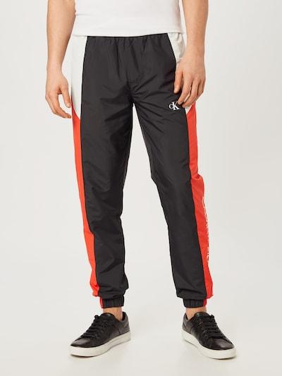 Calvin Klein Jeans Hose in rot / schwarz / weiß, Modelansicht