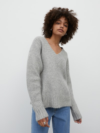 EDITED Pullover 'Claire' in grau: Frontalansicht