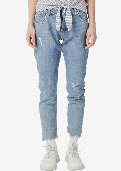 Q/S designed by Jeans 'Megan' Girlfriend in blue denim, Modelansicht