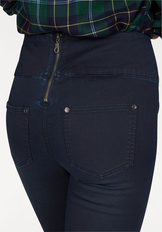 AJC Slim-fit-Jeans