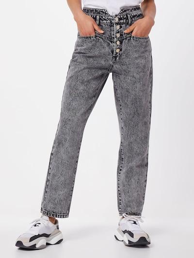 ONLY Jeansy 'TURNER HW 80TIES' w kolorze czarnym, Podgląd na modelu(-ce)