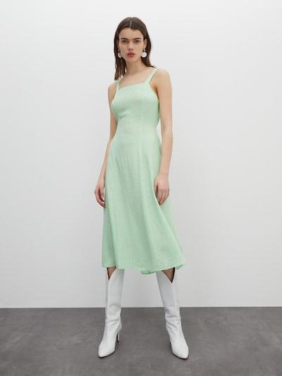 EDITED Kleid 'Zane' in mint, Modelansicht