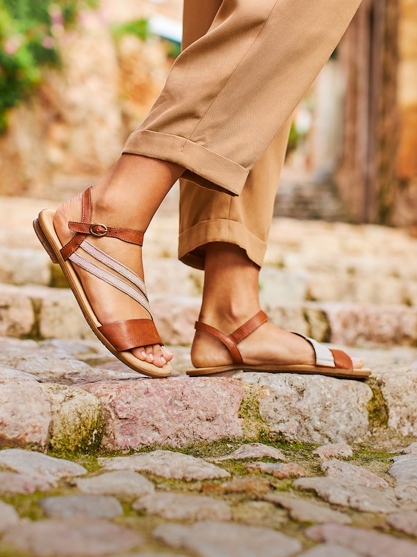 Stepping into Summer: Rieker | ABOUT YOU