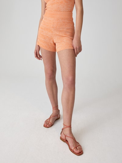 EDITED Shorts 'Yadira' in beige / orange, Modelansicht