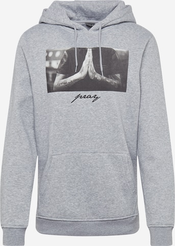 Mister Tee Sweatshirt 'Pray' i grå