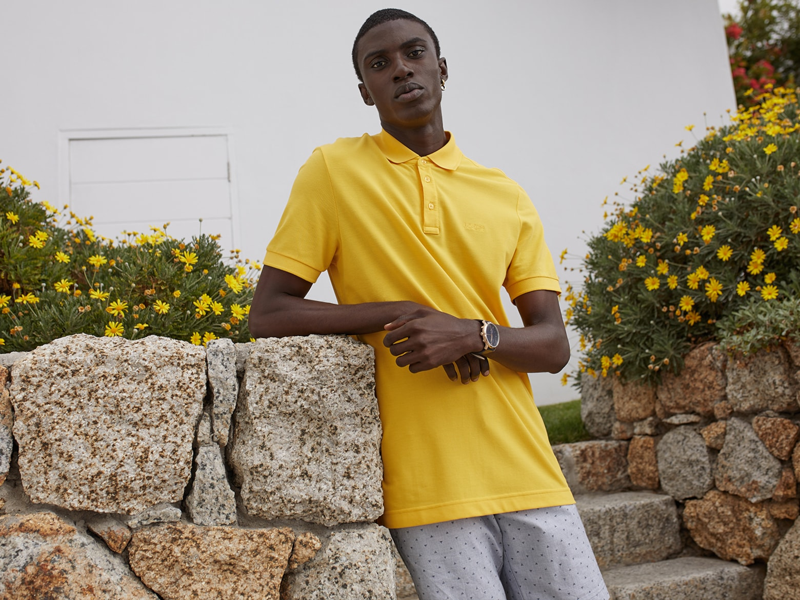 Fifi - Yellow Polo Look