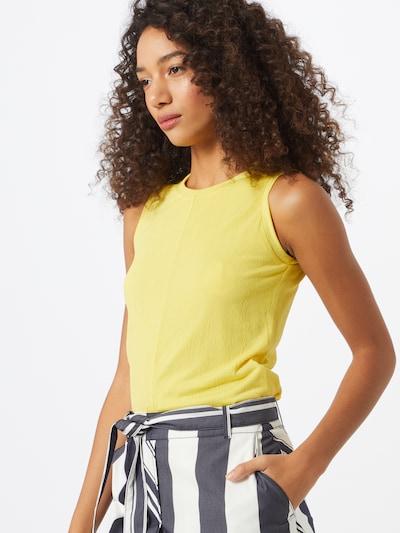 BOSS Top 'Tims' in de kleur Geel: Vooraanzicht