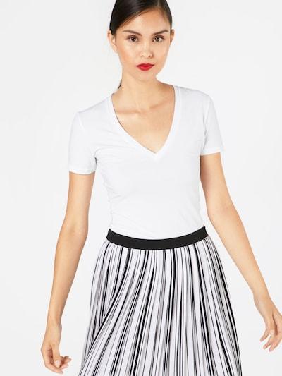 DRYKORN T-Shirt 'LINARA 89367' in weiß, Modelansicht