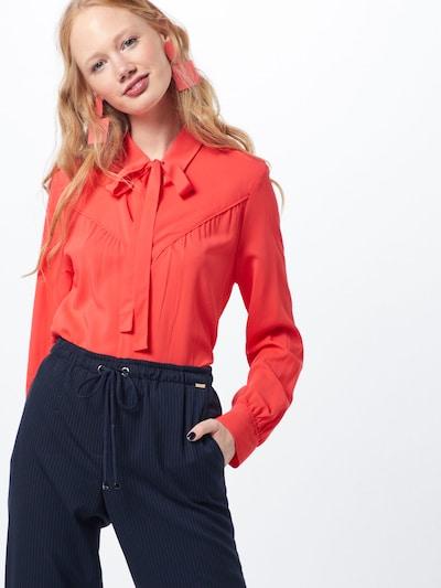 Palaidinė iš CINQUE , spalva - raudona, Modelio vaizdas