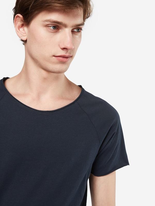 Review T-Shirt 'RAGLAN ONECK LL'