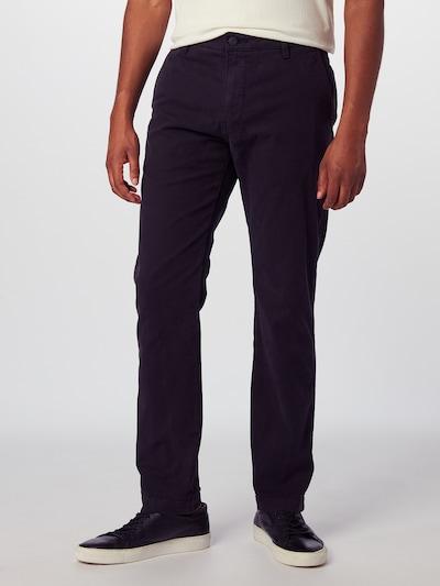 LEVI'S Chino 'STANDARDTAPERCHINOII' in de kleur Zwart, Modelweergave