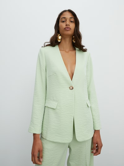 EDITED Blazer in mint, Modelansicht