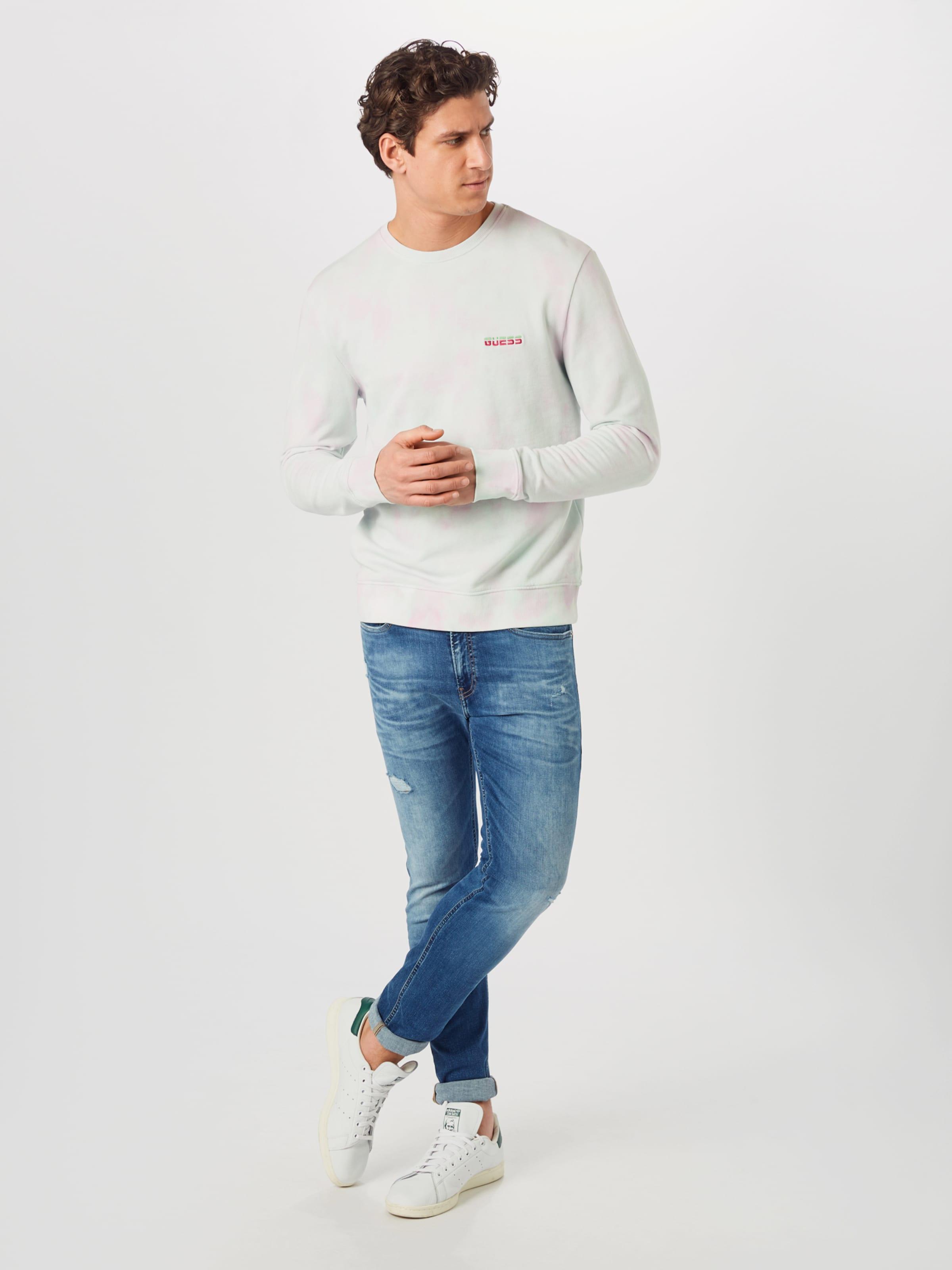 GUESS Sweatshirt 'BENJAMIN' i ljusgrön / rosa / naturvit