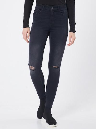 Noisy may Jeans i black denim, Modelvisning