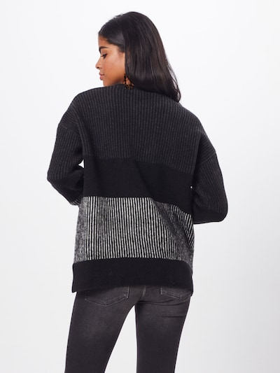 basic apparel Pulover 'Janis'   črna barva: Pogled od zadnje strani