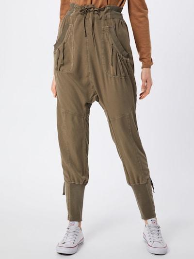 Cream Harem hlače 'Nanna' | kaki barva, Prikaz modela