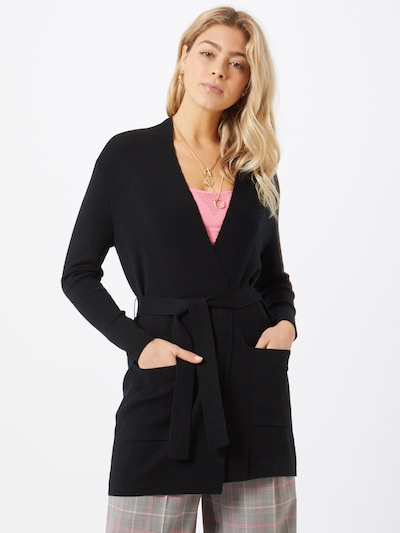 Filippa K Strickjacke in schwarz, Modelansicht
