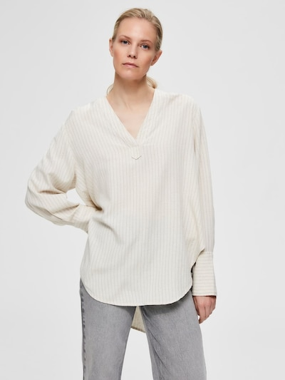 SELECTED FEMME Bedruckte V-Ausschnitt Bluse in naturweiß, Modelansicht