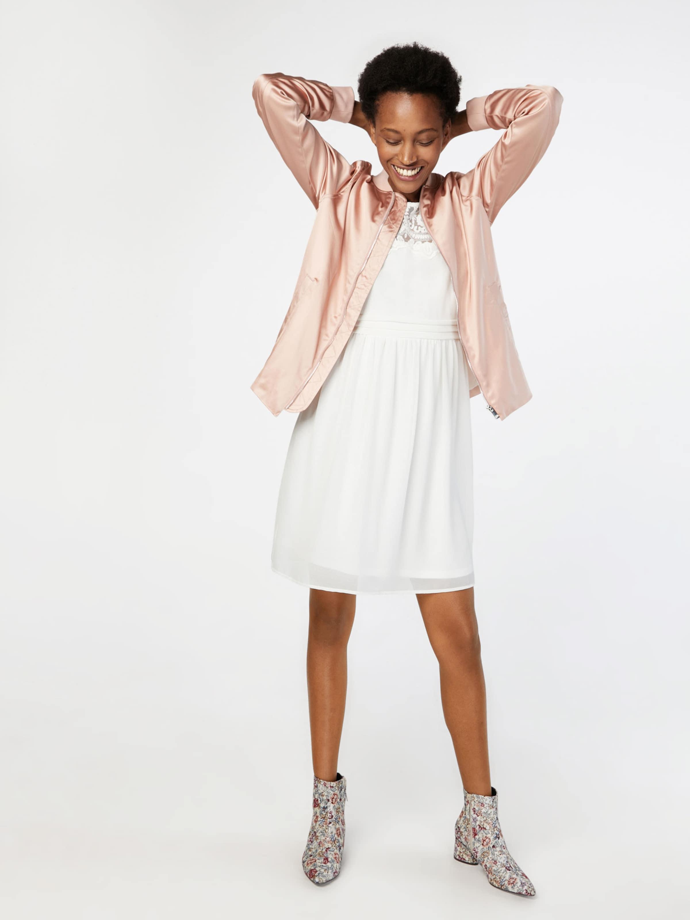 VERO MODA Kleid 'VMVANESSA' Geniue Händler Online Freies Verschiffen Der Suche Nach Rabatt Wählen Eine Beste Auslass Für Billig Großhandelspreis Online C0F7ygeewP
