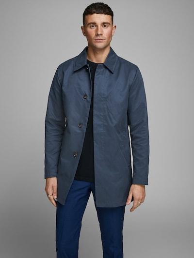 JACK & JONES Tussenjas in de kleur Hemelsblauw, Modelweergave