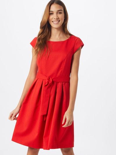 s.Oliver Kleid in rot, Modelansicht