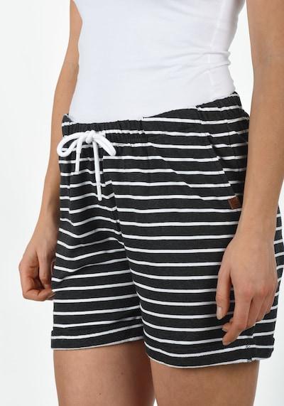 Desires Sweatshorts 'Lena' in grau / anthrazit / dunkelgrau / weiß, Modelansicht
