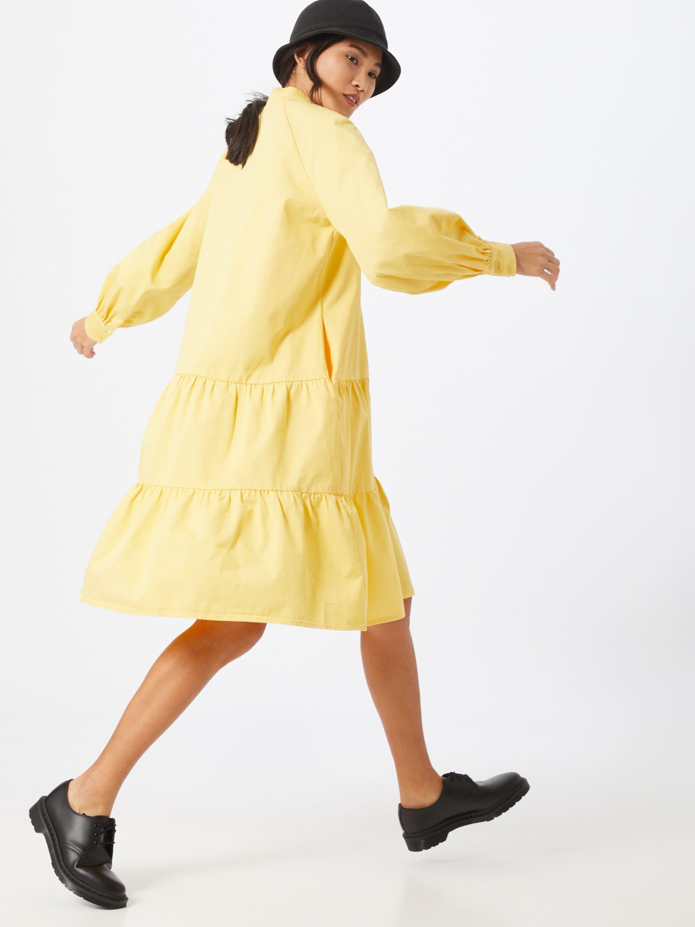 Crās Sommarklänning 'Luciacras' i gul