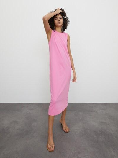 EDITED Kleid  'Thilde' in pink, Modelansicht