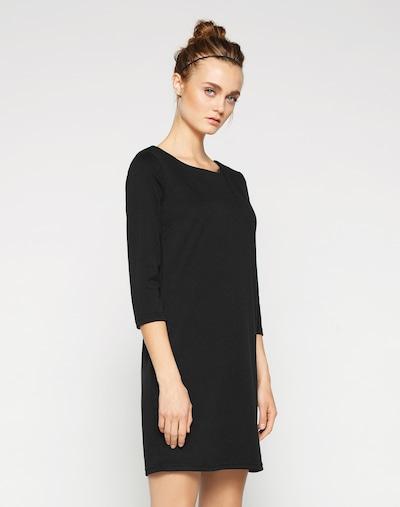 VILA Šaty 'VITinny' - čierna, Model/-ka