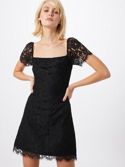 Fashion Union Robe de cocktail 'TENDER' en noir, Vue avec modèle