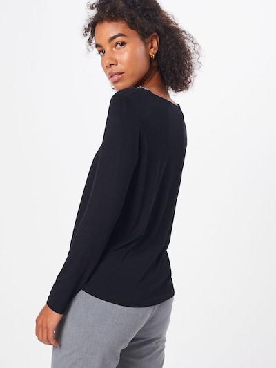 Marškinėliai 'Jilia' iš ABOUT YOU , spalva - juoda: Vaizdas iš galinės pusės