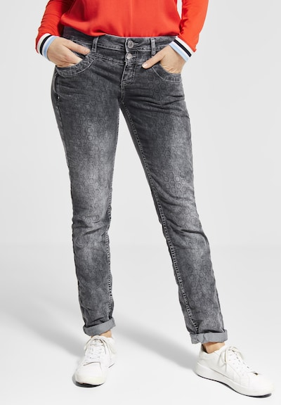 STREET ONE Jeans 'Crissi' in grey denim, Modelansicht