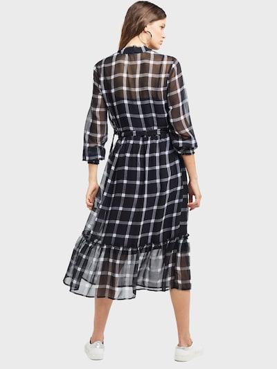 Miss Selfridge Obleka 'CHECK SMOCK MID DRS' | črna / bela barva: Pogled od zadnje strani