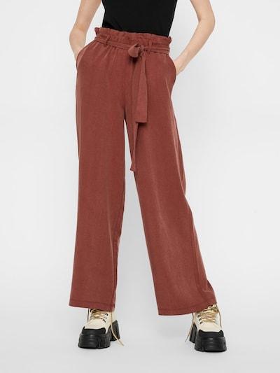 PIECES Lockere Paperbag Hose in braun, Modelansicht