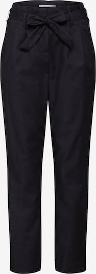 VILA Pantalon à pince 'VISOFINA' en noir, Vue avec produit