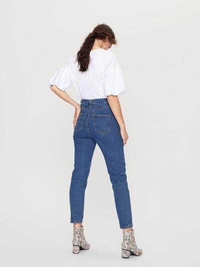 EDITED Mom Jeans 'Moa' in blau / blue denim: Rückansicht
