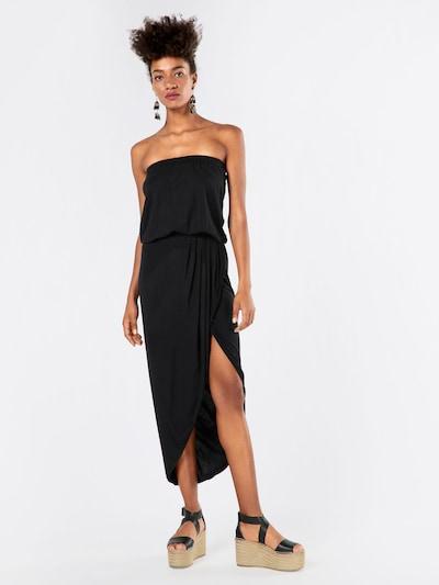 Vasarinė suknelė iš Urban Classics , spalva - juoda, Modelio vaizdas