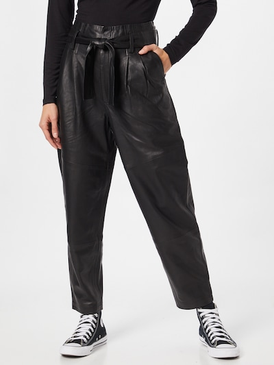 Coster Copenhagen Broek in de kleur Zwart, Modelweergave