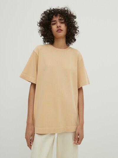 EDITED T-shirt 'Elisa' en moka, Vue avec modèle
